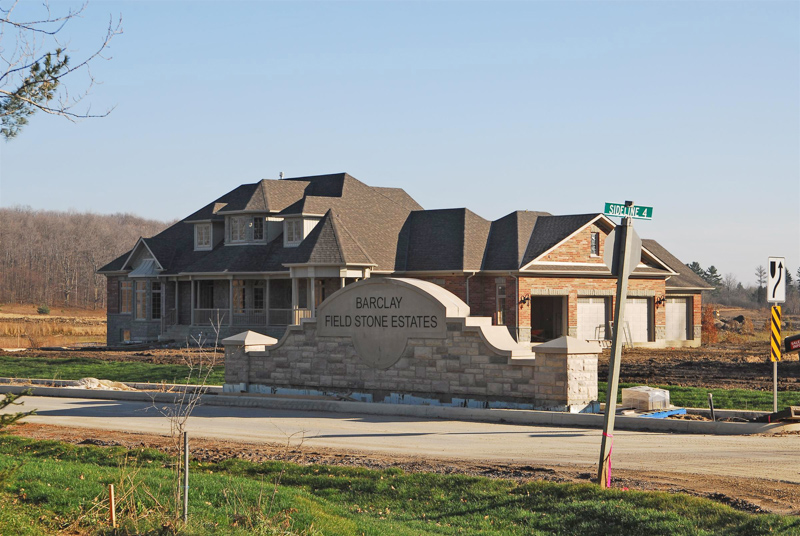 Barclay-2-Fieldstone-Estates-Entrance-Masonry