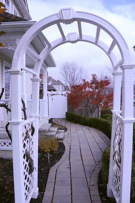 Brooklin-1-Landscape-Private-Residence-Trellis