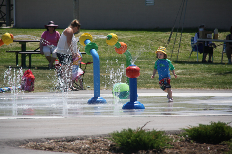 Cookstown-2-Community-Park-Splashpad-RecycledWater